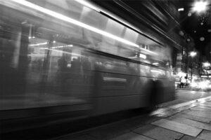 Les Nocturnes Réseau Mistral : descendre entre deux arrêts